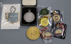 A Henley Royal Regatta 1968 enamelled member's badge and various related items, comprising a ladies'