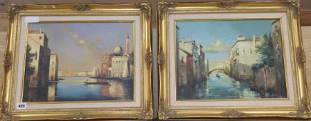 Shirley Anne Webb, pair of oils on canvas, Venetian scenes, signed, 29 x 39cm