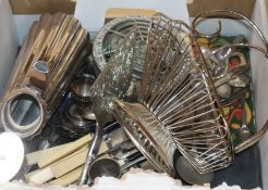 A mixed quantity of assorted plated items including flatware