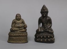 Two Sino-Tibetan bronze figures of Buddha, 18th/19th century