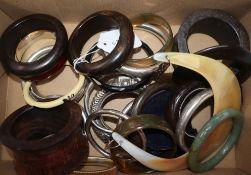 A quantity of assorted bangles etc.