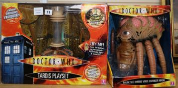 Doctor Who - Character Options - Dalek Sec hybrid voice changer mask and a Tardis playset, model