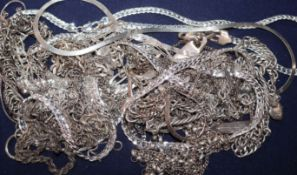 A collection of assorted 925 and white metal chains etc.
