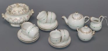 A doll's teaset and a similar tureen