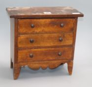 A Victorian apprentice miniature chest of drawers height 31cm