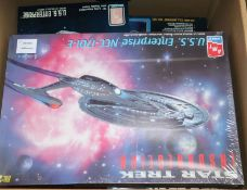 Star Trek - Amt Ertl scale models kits- 3 piece USS Enterprise 6618 (box poor), USS Enterprise 6676,
