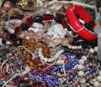 Mixed costume jewellery including necklaces.