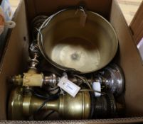 A bell metal preserve pan, a brass oil lamp and a pair of plated candlestick table lamps and shades