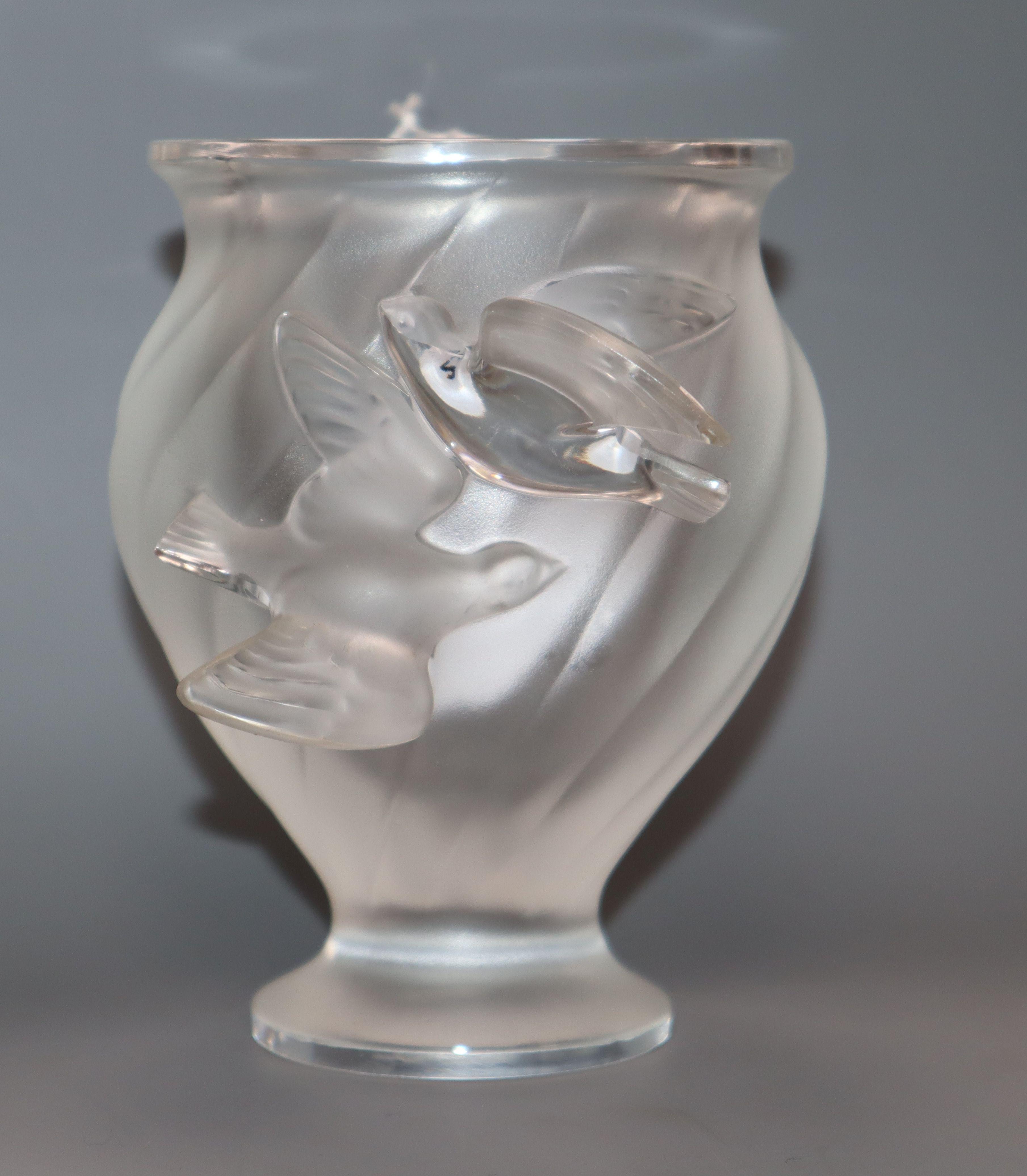 Lot 276 - A Lalique 'Rosine' vase, signed height 12.5cm