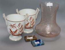 A Murano vase, a pair of Italian vases and two agate ashtrays tallest 28cm