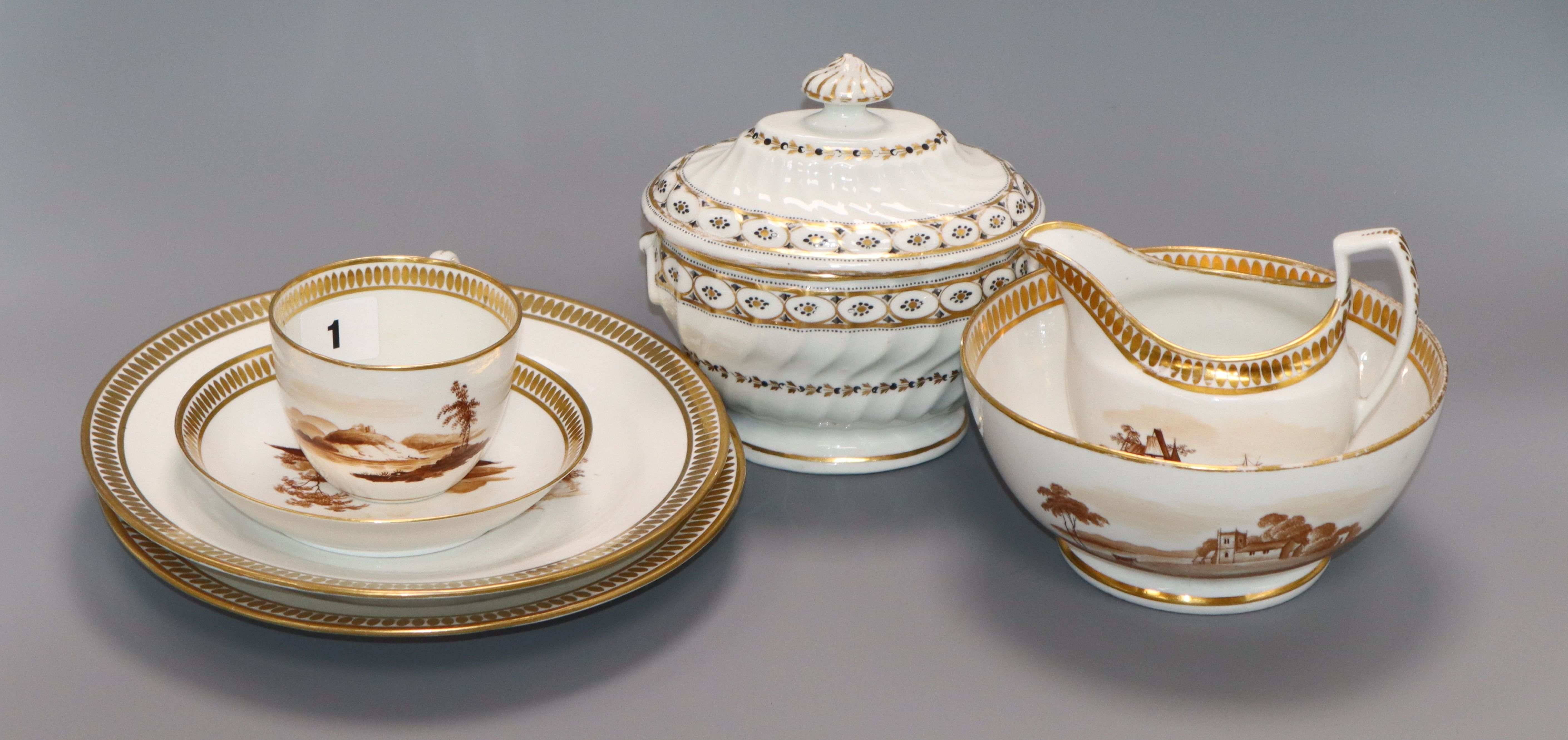 Lot 1 - A Chamberlains Worcester part tea and coffee set and a similar sucrier