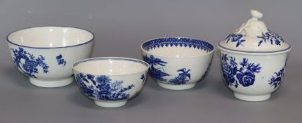 Three Worcester or Caughley blue printed sugar bowls and a sugar bowl and cover, c.1775-85 (5)