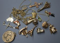 Two 9ct gold fine chains, an engraved cross pendant, two key and fob charms and a collection of