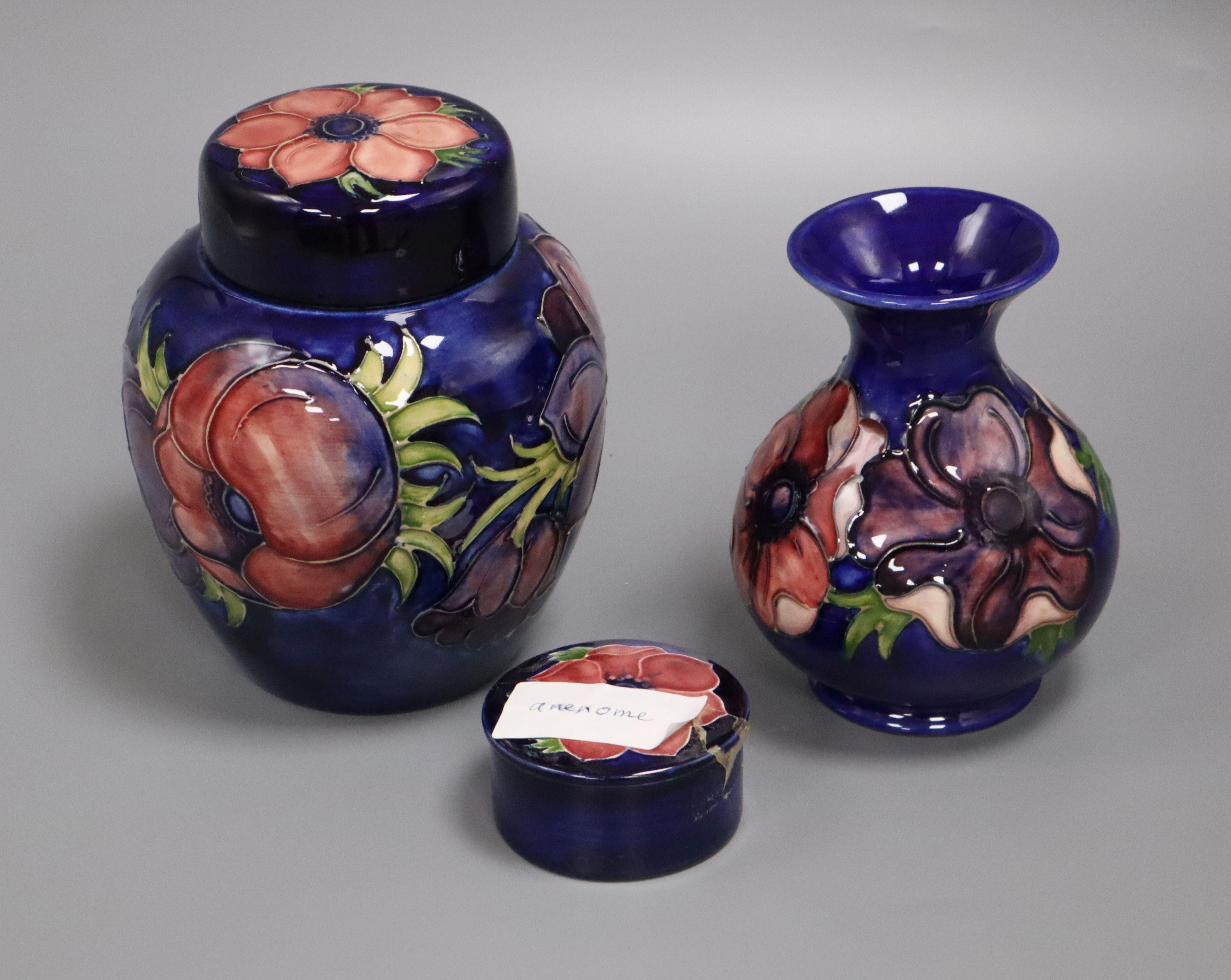 Lot 47 - A Moorcroft anemone jar, vase and lidded pot tallest 16cm