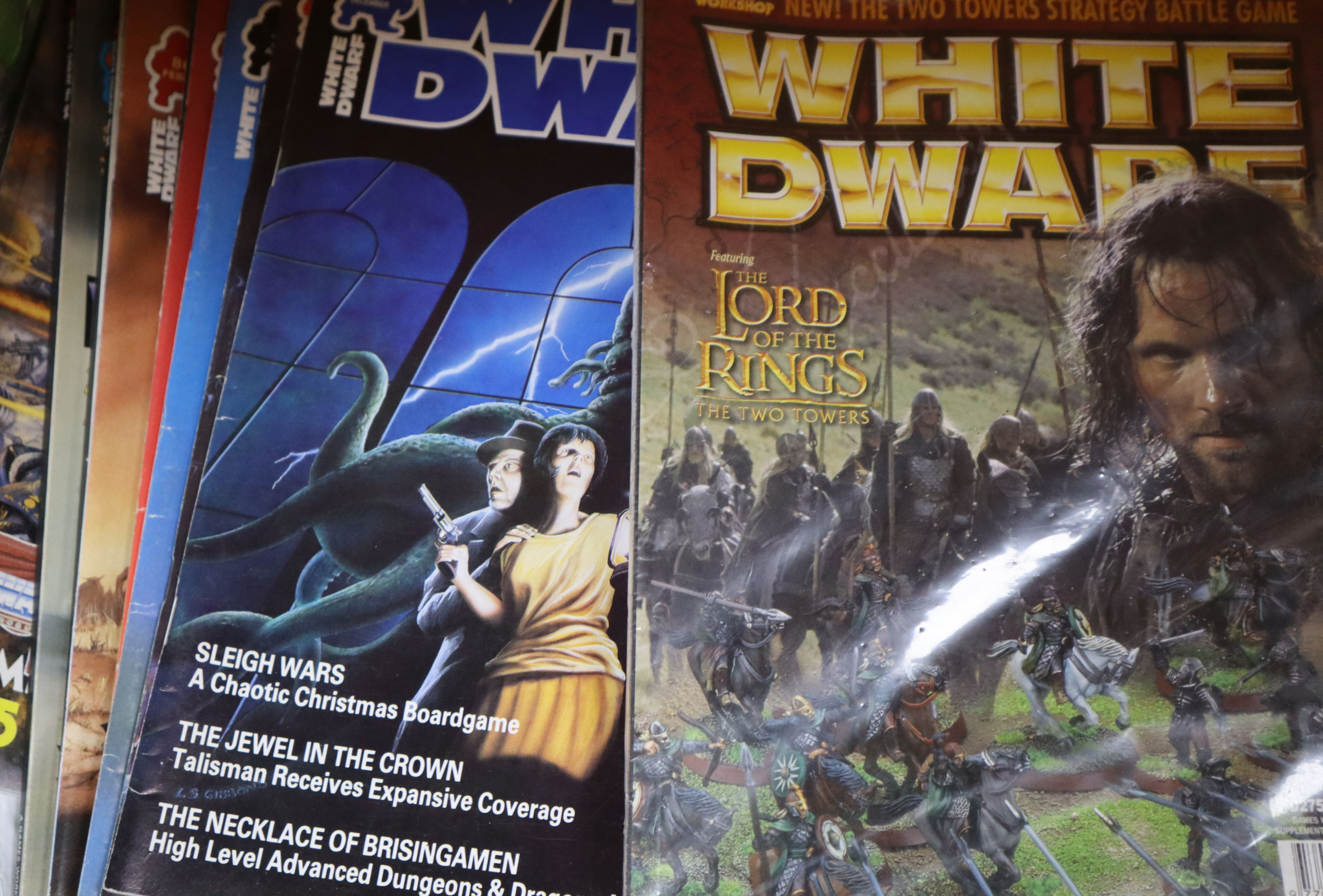 Lot 15 - A large quantity of role-playing/wargaming magazines and books, see Gorringes website condition