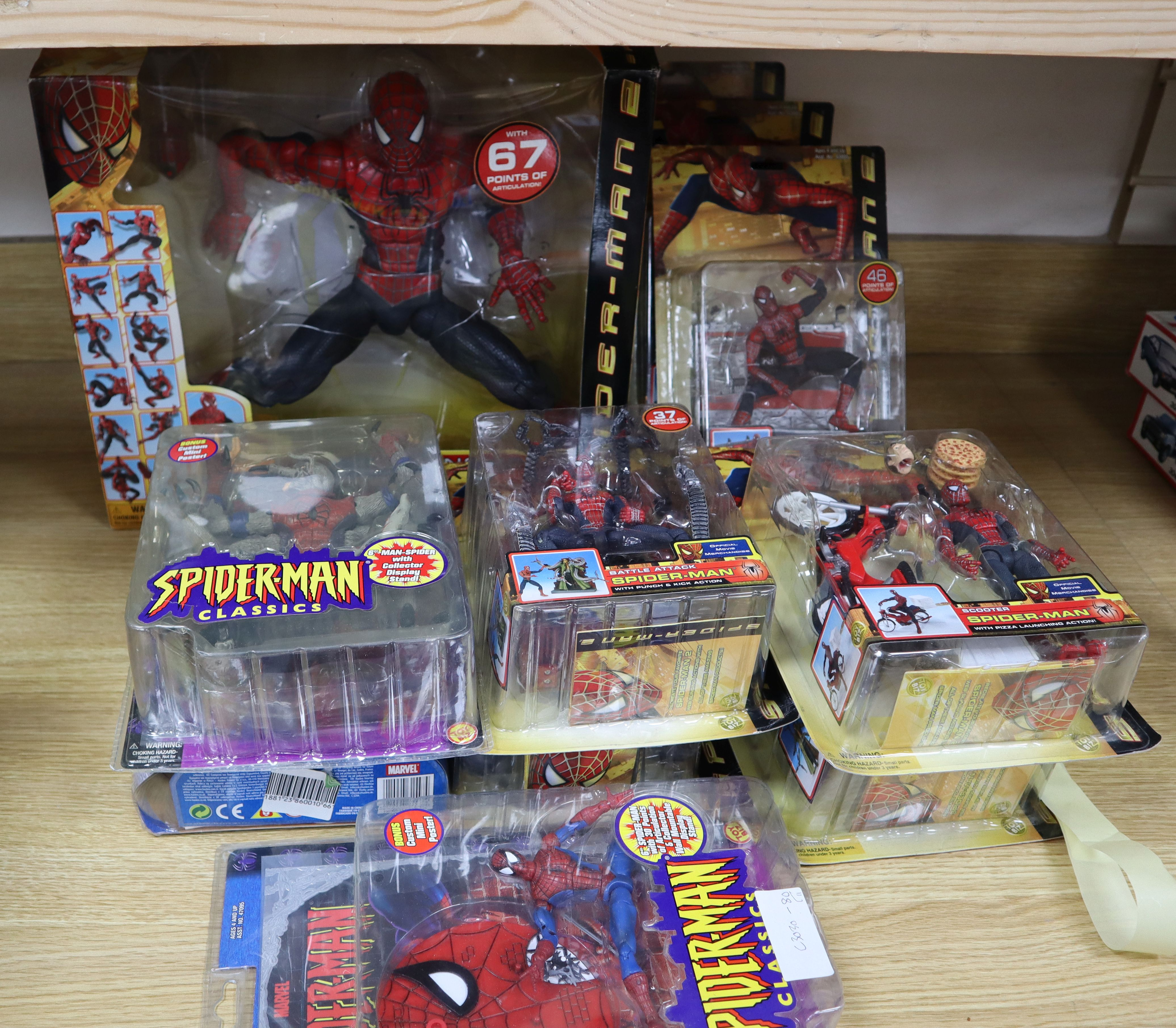 Lot 7 - Spider-Man - Toy Biz/Hasbro - action figures, 10 carded and one boxed