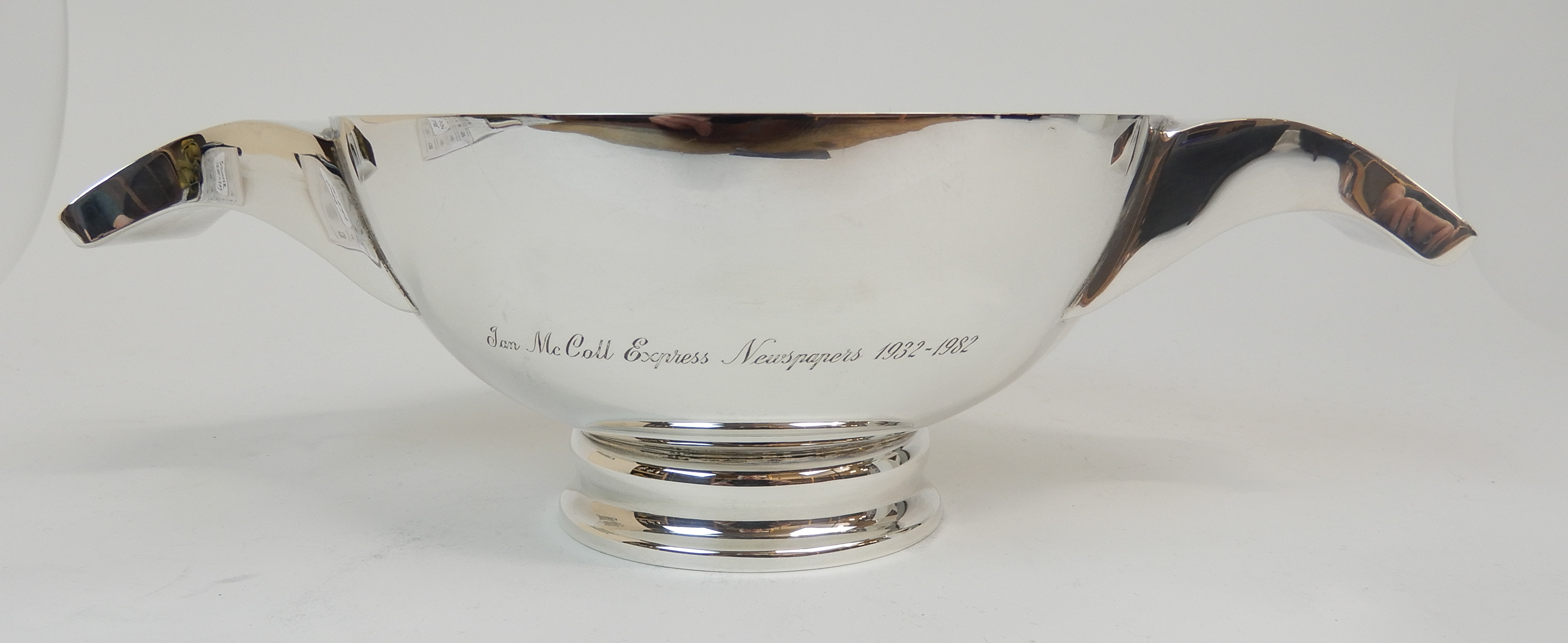 Lot 126 - A SILVER QUAICH by J B Chatterley & Sons Limited, Edinburgh 1979, of circular form with down