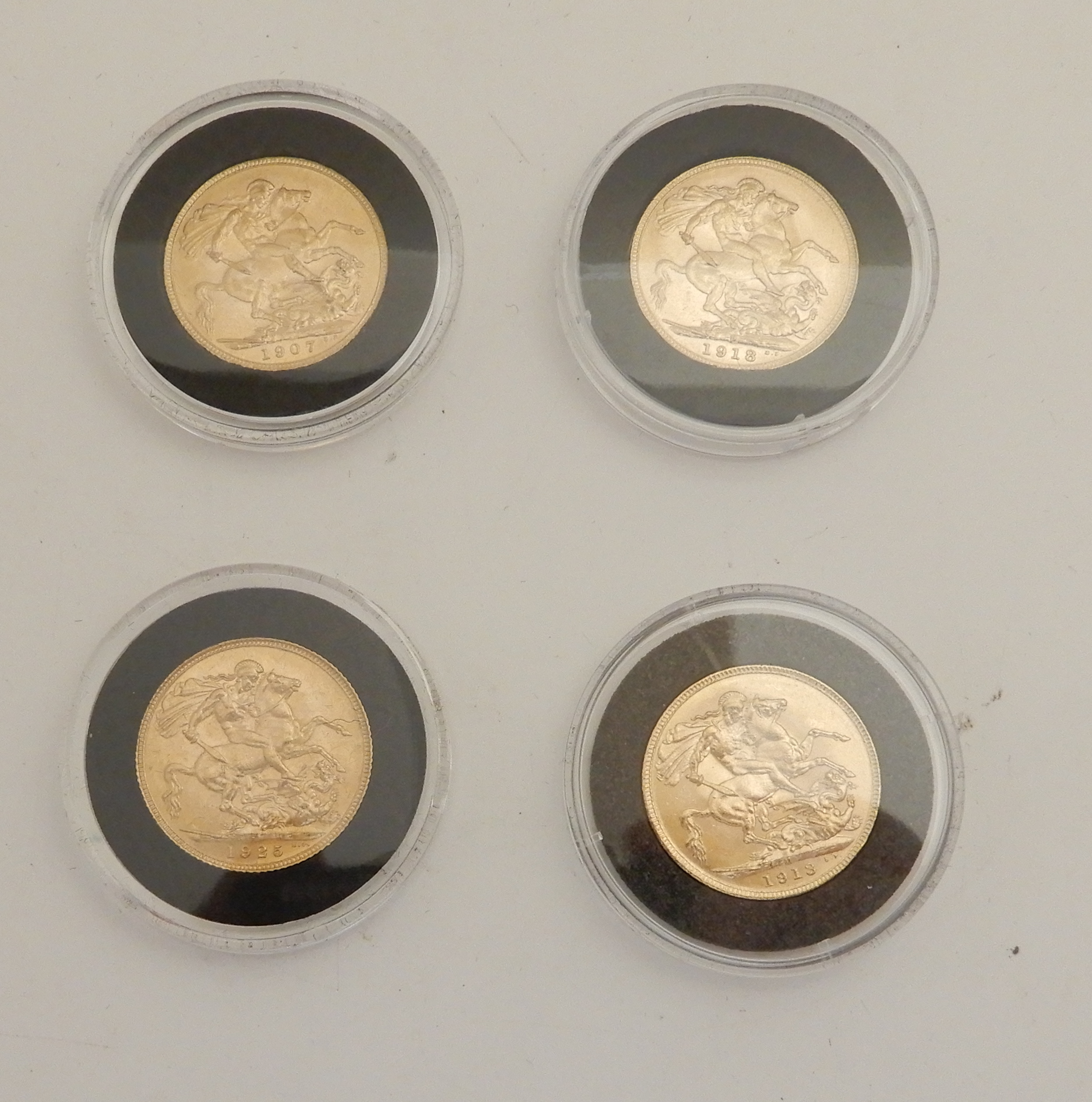 Lot 198 - AN EDWARD VII GOLD FULL SOVEREIGN, 1907 with three George V gold full sovereigns, 1913, 1918 and