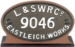 Wagon plate L&SWR Co EASTLEIGH WORKS 9046. Large oval cast iron face restored measures 13.5in x 7.