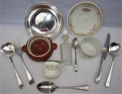 A sundry Lot containing various pieces of Pullman dining ware plus other items. Pullman Coffee cup