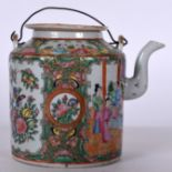 Lot 2462 - A 19TH CENTURY CHINESE FAMILLE ROSE CANTON ENAMEL PORCELAIN TEA POT, painted with figures in panels
