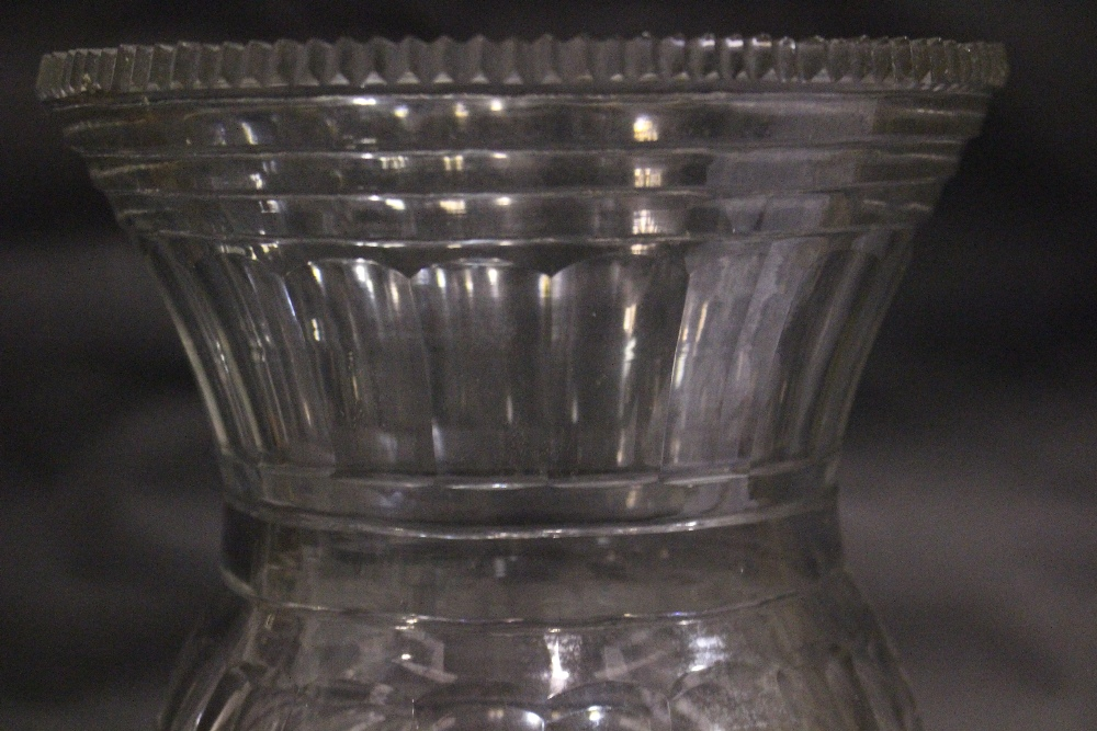 Lot 14 - AN IRISH REGENCY CUT GLASS CELERY VASE, a fine thistle shaped body, with serrated rim, and stepped/