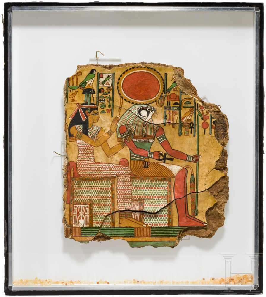 Lot 1603 - Isis und Ptah-Sokar auf einer polychrom bemalten Mumienhülle, Ägypten, 2. - frühes 1. Jtsd. v. Chr.