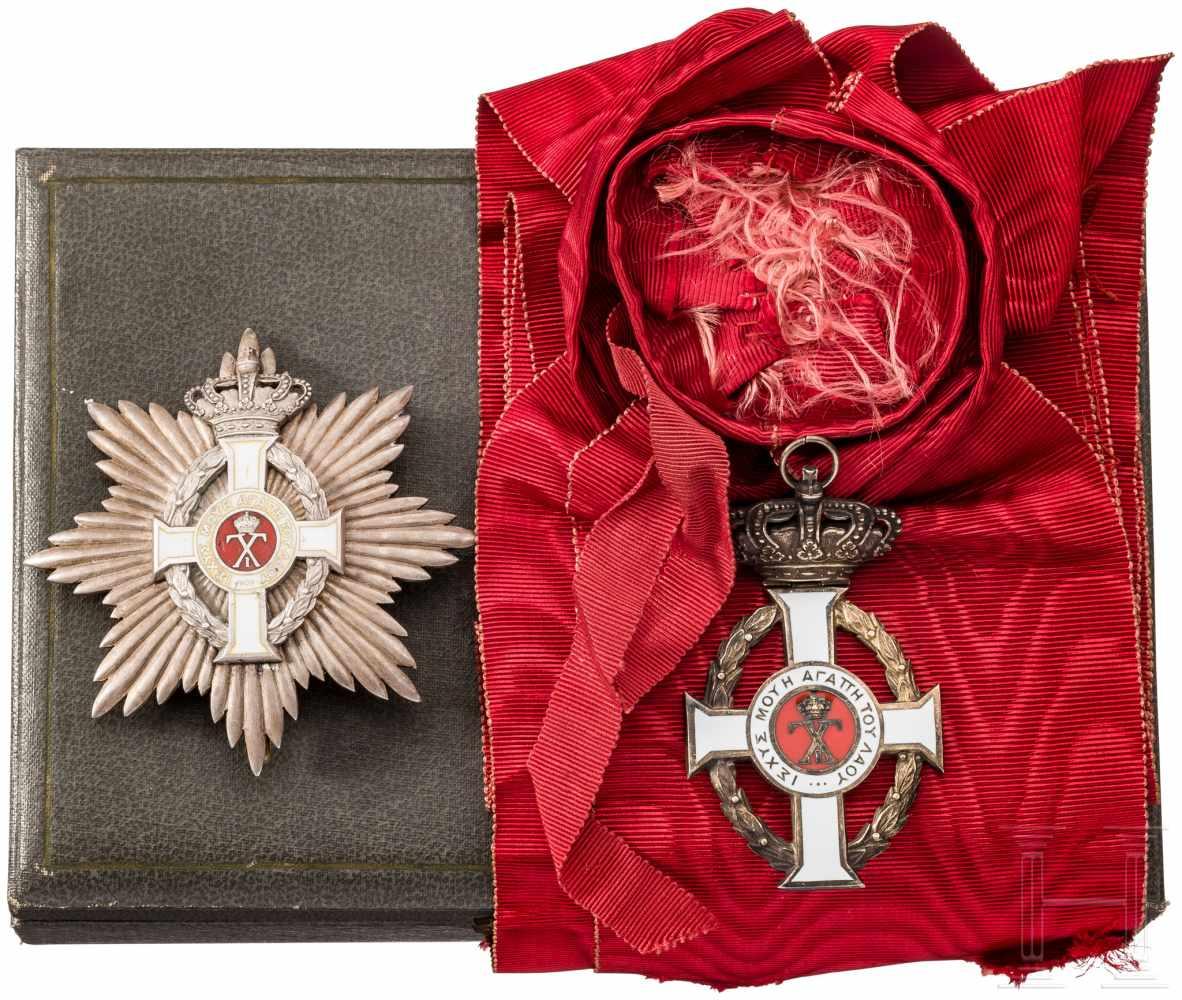 Lot 3865 - Orden Georgs I. - Großkreuz mit Bruststern im Etui, BandschärpeAchtstrahliger Bruststern aus