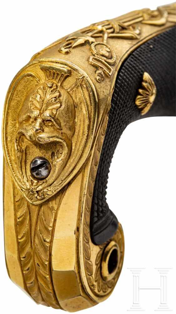 Lot 4734 - Prunksäbel von Adolf Friedrich, 1st Duke of CambridgeGlatte, leicht gekrümmte Klinge mit schwach