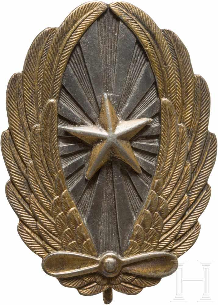 Lot 3870 - Fliegerabzeichen für Offiziere der Armee, 2. WeltkriegSilber, Buntmetall, schauseitig ein