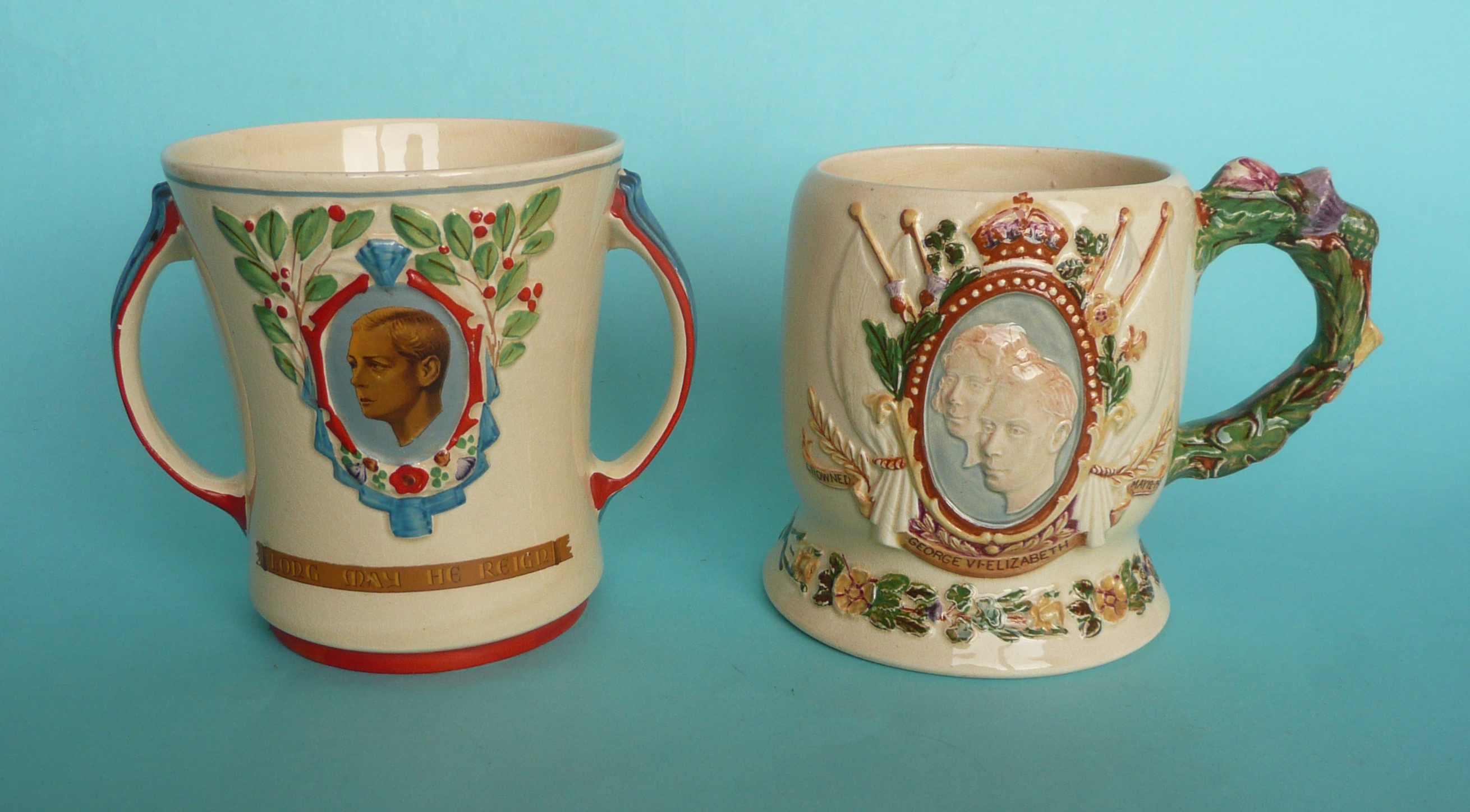 Lot 19 - A Wade Heath musical loving cup for the coronation of Edward VIII to play an unidentified air, 128mm