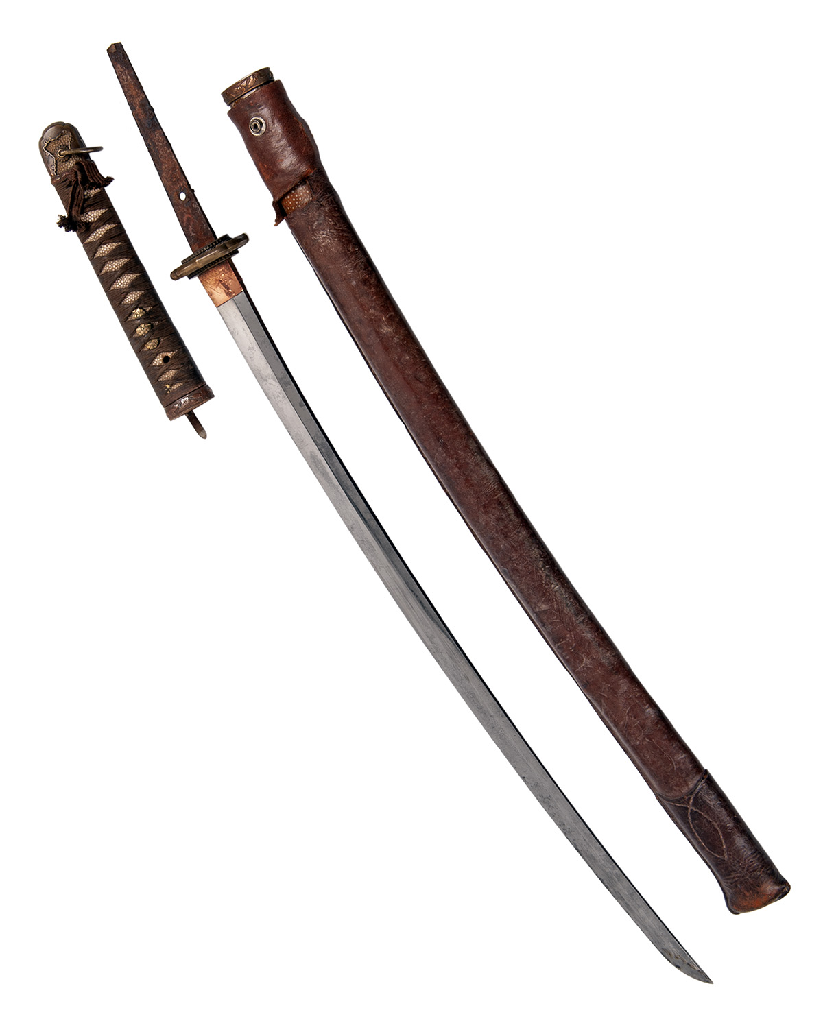 Lot 210 - A WORLD-WAR TWO KATANA WITH GENERAL OFFICER'S SHIN-GUNTO MOUNTS AND SIGNED BLADE, WITH RELEASE
