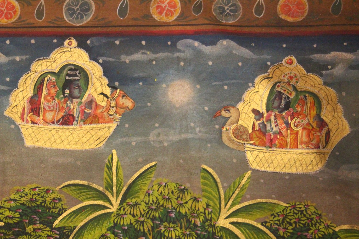 Lot 57 - A VERY GOOD QUALITY 19TH CENTURY INDIAN COTTON / TEXTILE PICHWAI PAINTING, the textile depicting