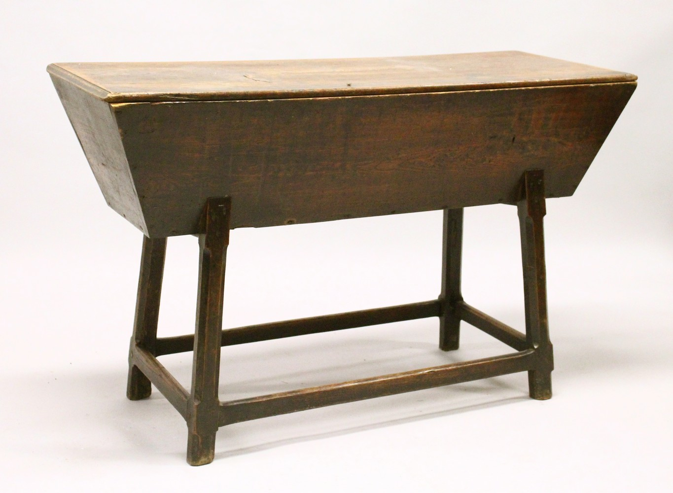 Lot 1039 - AN 18TH CENTURY ELM DOUGH BIN, of typical form. 4ft 1ins long x 1ft 8ins wide x 2ft 7ins high.