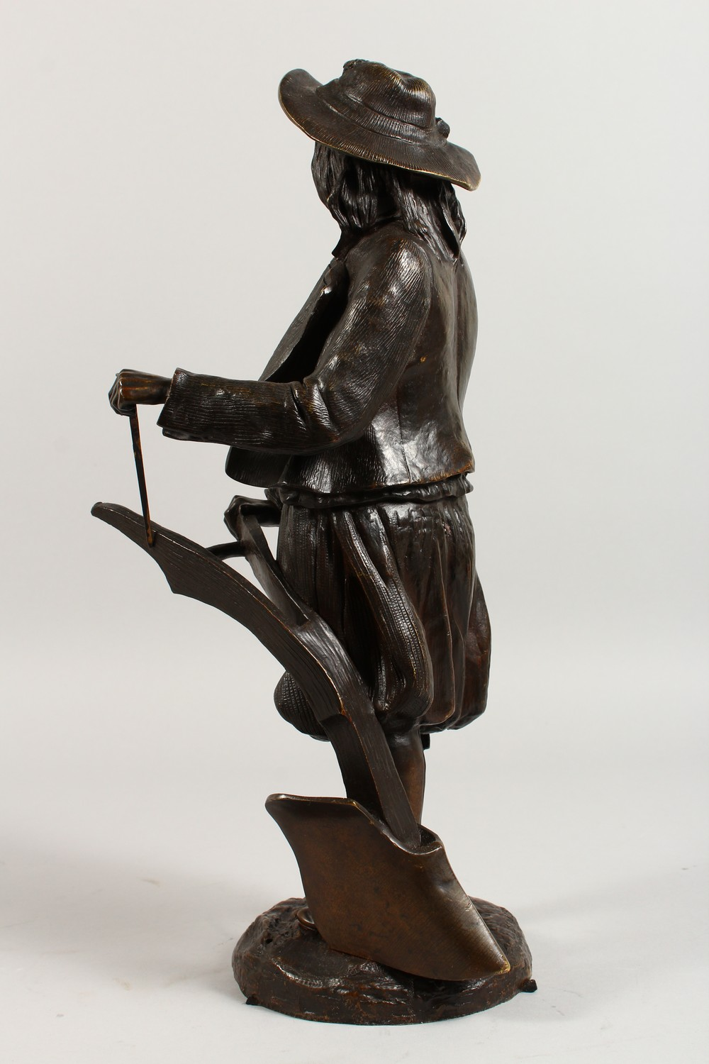 Lot 1205 - EMILE VICTOR BLAVIER (19TH CENTURY) FRENCH A GOOD PAIR OF 19TH CENTURY BRONZE FIGURES OF MALE