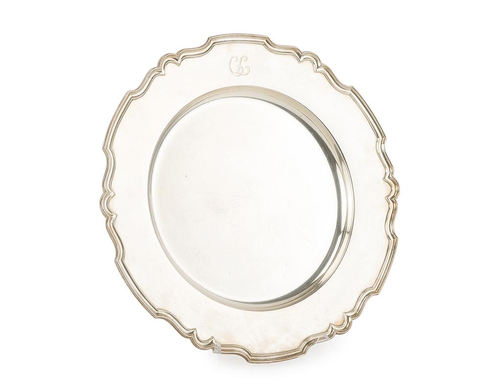 Lot 1322 - A Shreve & Co. sterling silver service platter