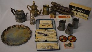 Mixed lot including a part built model steam locomotive, silver plate, costume jewellery,