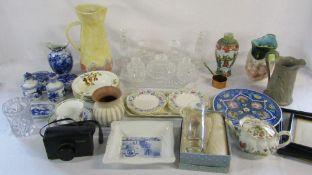 Assorted ceramics and glassware etc inc Crown Ducal,
