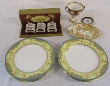 Selection of Crown Derby (cup af) & 6 Royal Worcester plates etc