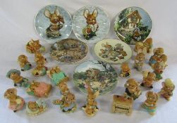 Selection of Pendelfin limited edition plates & Pendelfin figures