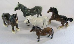5 horse figures inc Beswick (2 af)