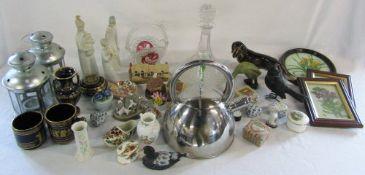 Assorted ceramics and glassware etc in Royal Albert,