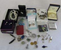 Assorted costume jewellery etc