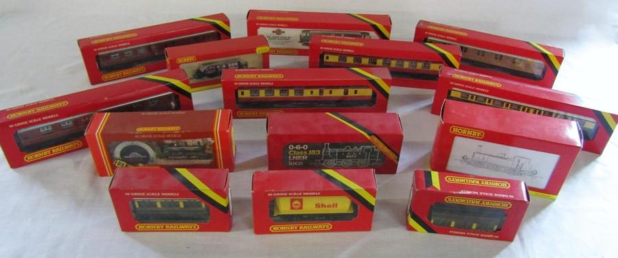 Lot 34 - Assorted Hornby 00 gauge model railway items inc Class J83 LNER locomotive, GWR Class 2721 Pannier