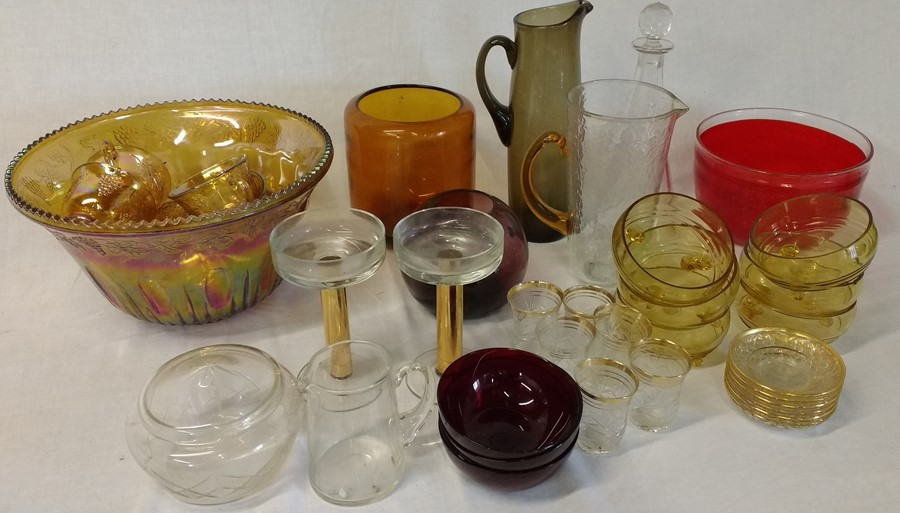 Lot 27 - Selection of glassware including Carnival glass punch bowl and cups (2 boxes)