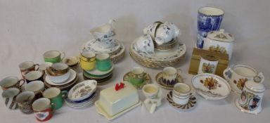 Colclough part dinner service, Ringtons china, Aynsley commemorative ware etc.