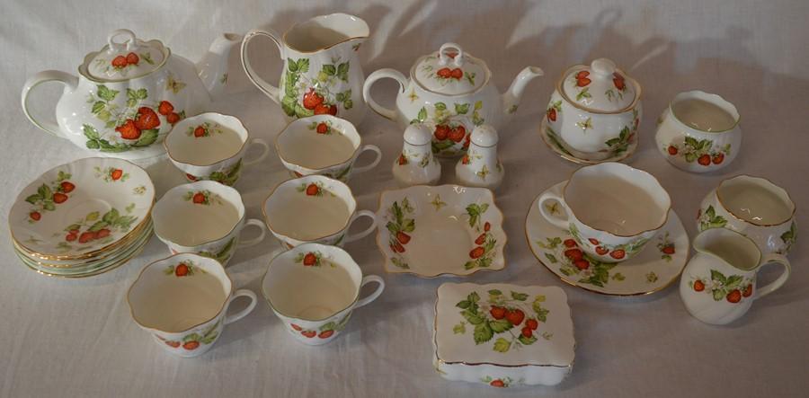 Lot 53 - Queens Rosina China Virginia Strawberry pattern tea wares