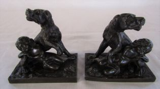 Pair of 19th century bronze figures of a dog and child H 12 cm L 11.5 cm