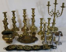 Quantity of brass candlesticks, horse brass, smoking set etc.