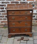 Small Georgian oak chest of drawers (leg requires reattaching)H 75cm W 61cm